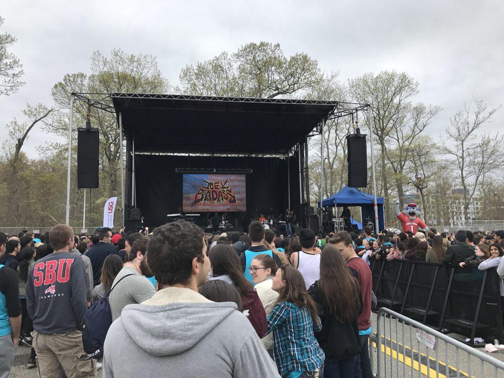 outdoor college show